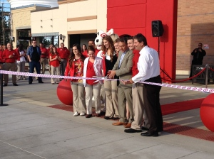 Developer Dave Black and the Target store leadership team cut the ribbon.